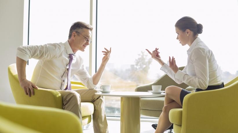 Viele Gespräche finden ihr Ende in Frustration beider Gesprächspartner. Warum ? Meist liegt es oberflächlich an den unerfüllten Erwartungen an den anderen. Wir möchten es MY WAY - haben, nicht wahr? Warum sich nicht mal für die Bedürfnisse des anderen interessieren ? Das kann die Kommunikation auf die Sachebene lenken und zu einem beidseitig glücklichen Ende führen...