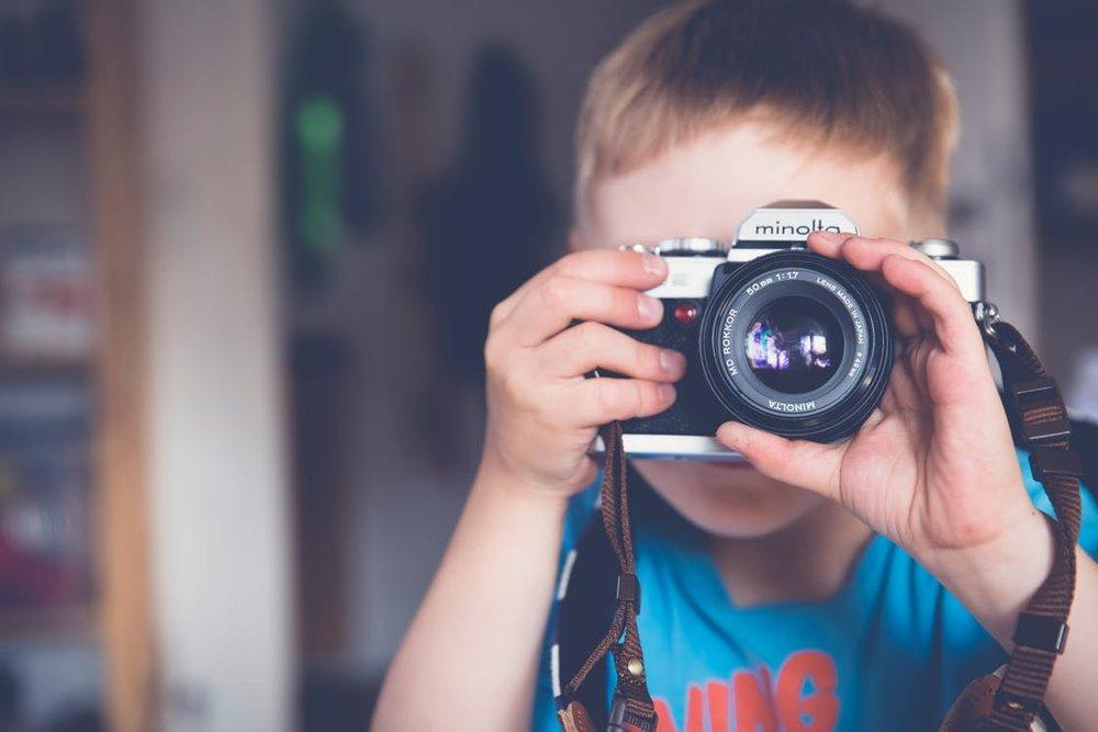 Die Kinder kindsgerecht in interessante Aktivitäten einführen, sie dabei begleiten, Interesse an ihrer Entwicklung haben und Freude an der Leistung(sbereitschaft) zeigen, das kann eine Stärke der Choleriker sein. Vielfalt und Spezialisierung, beides sollte Platz haben.