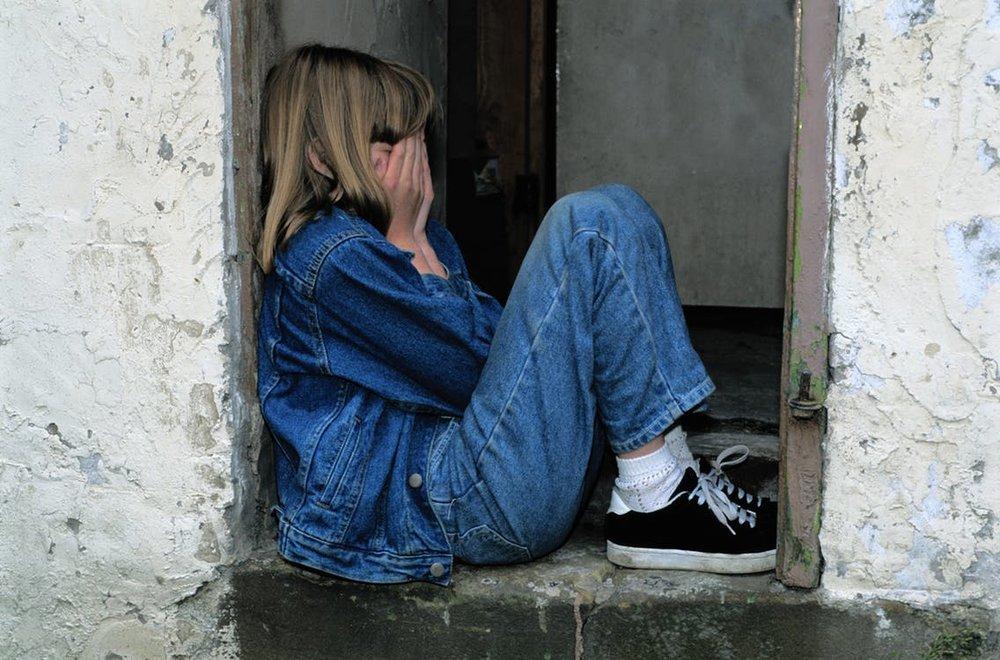 ....   Die Kinder im Teenager-Alter sind eine besondere Herausforderung. Die Komplexität des Lebens öffnet sich ihnen. Um darin ihren Platz zu finden, brauchen sie einen Rückhalt, ein Elternhaus, wo sie Geborgenheit finden und den Liebestank auffüllen können. Das ist nicht immer einfach. Wie man das am besten angeht, wollen wir im nächsten Blog etwas beleuchten.   ..   Teenagers are especially challenged as they are confronted with the complexity of life. In order to make their way through all the difficulties, they need backing, a home where they feel safe and loved. It's not always easy for parents to provide these things. In next week's blog, we will find out more about that.   ....