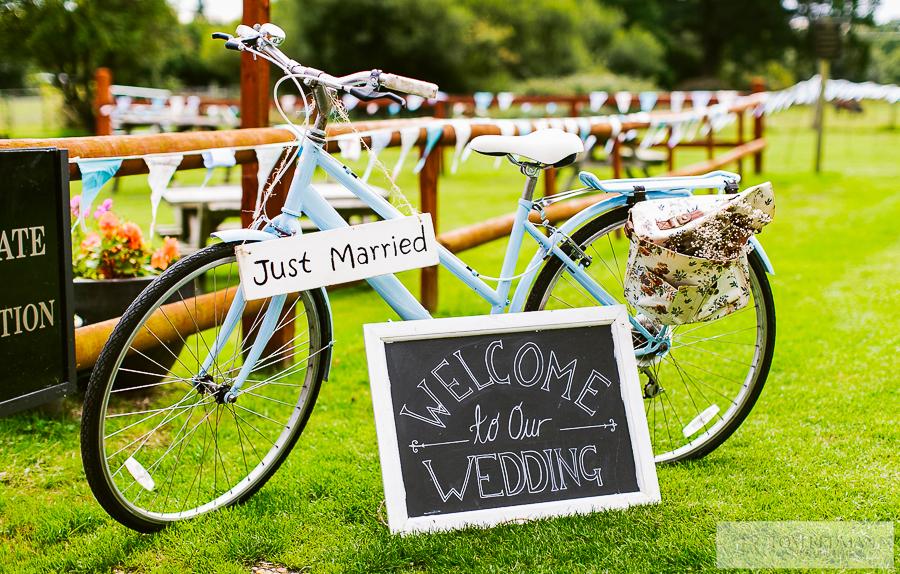 Dorset+wedding+photographer+018.jpg
