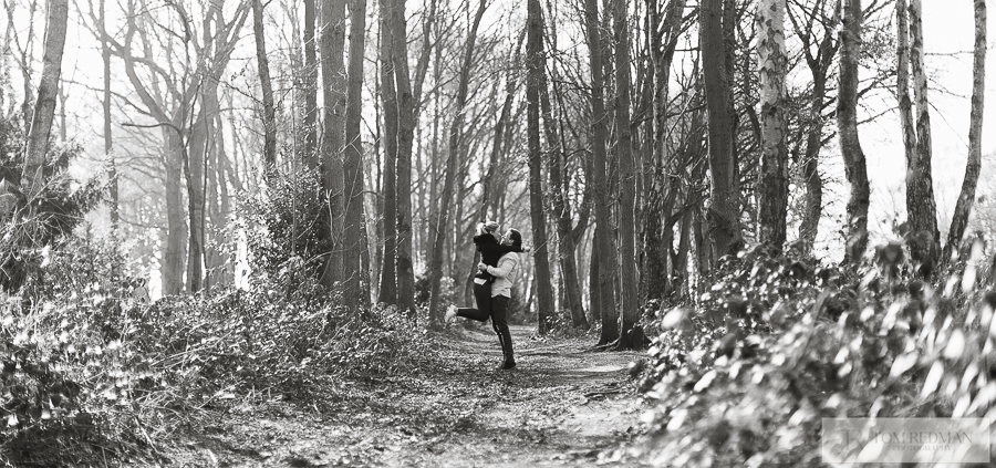 Chorleywood+common+engagement+photographers+009.jpg