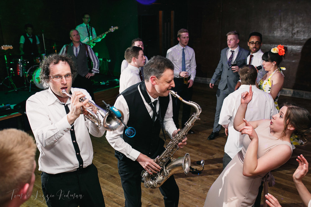 Dorset wedding photographers Tom & Lizzie Redman 077.jpg
