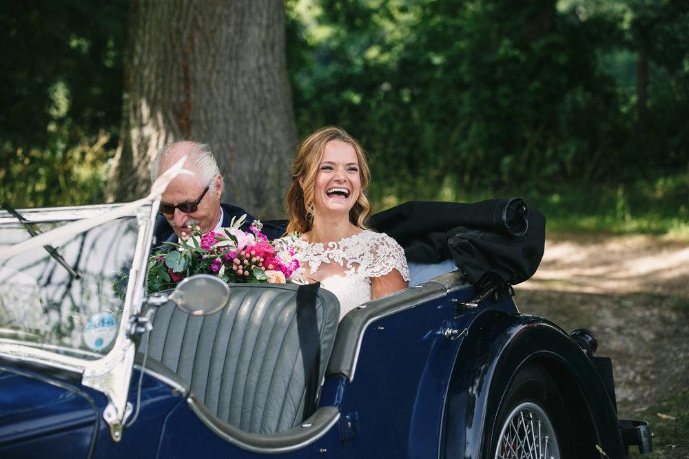Hampshire wedding photographers 024.jpg