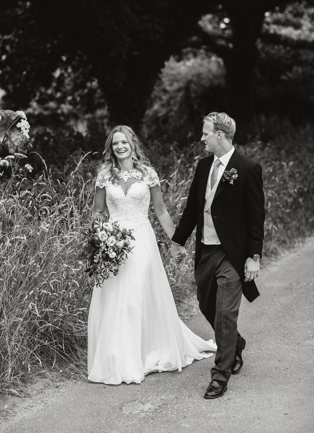 Hampshire wedding photographers 057.jpg