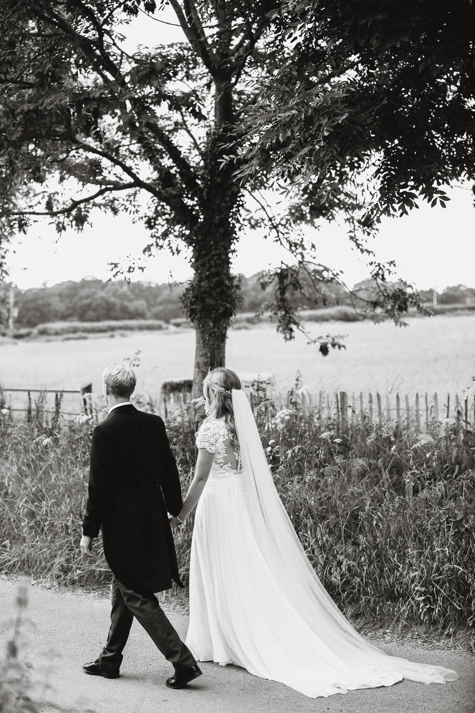Hampshire wedding photographers 058.jpg