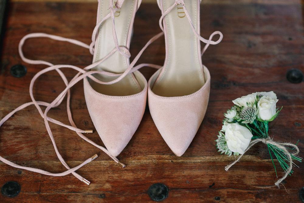 Hampshire wedding photographers 006.jpg