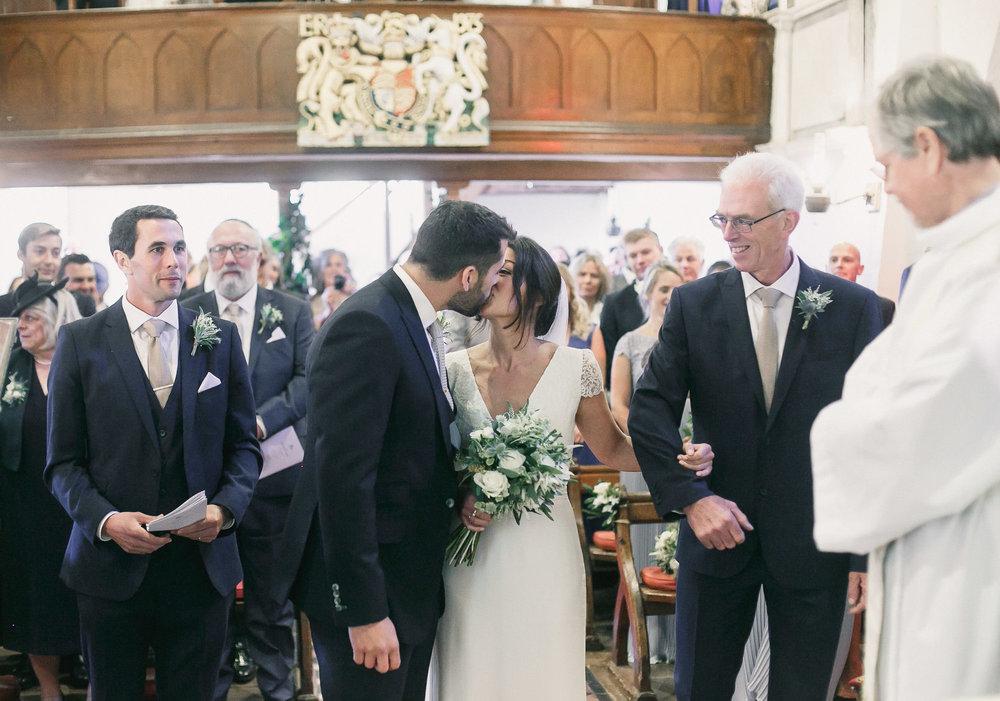 Hampshire wedding photographers 030.jpg