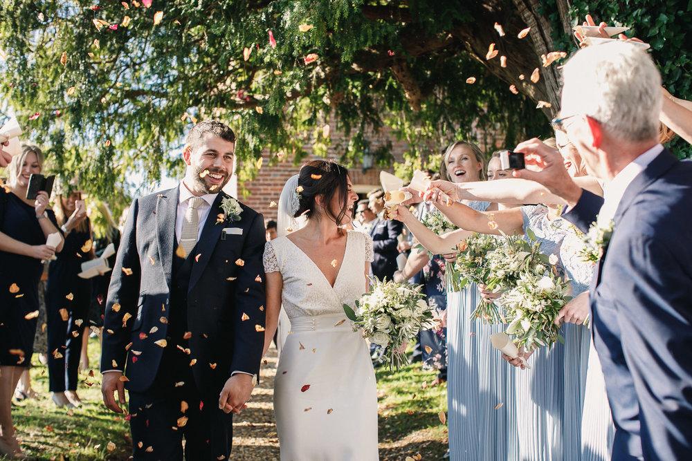 Hampshire wedding photographers 035.jpg