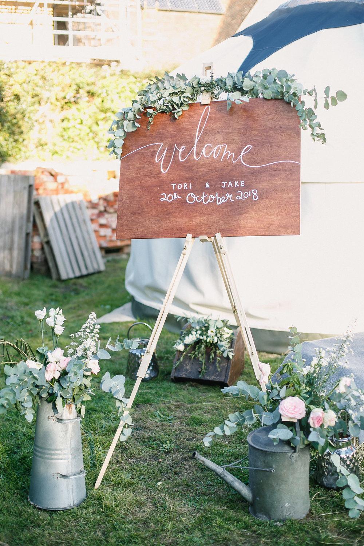 Hampshire wedding photographers 055.jpg