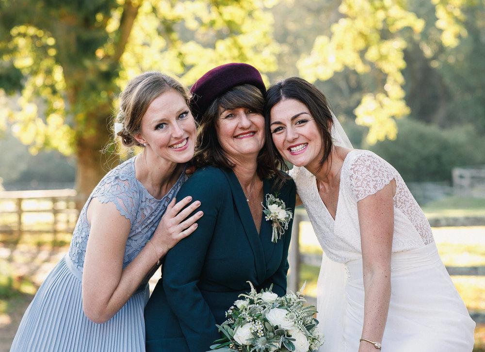 Hampshire wedding photographers 075.jpg