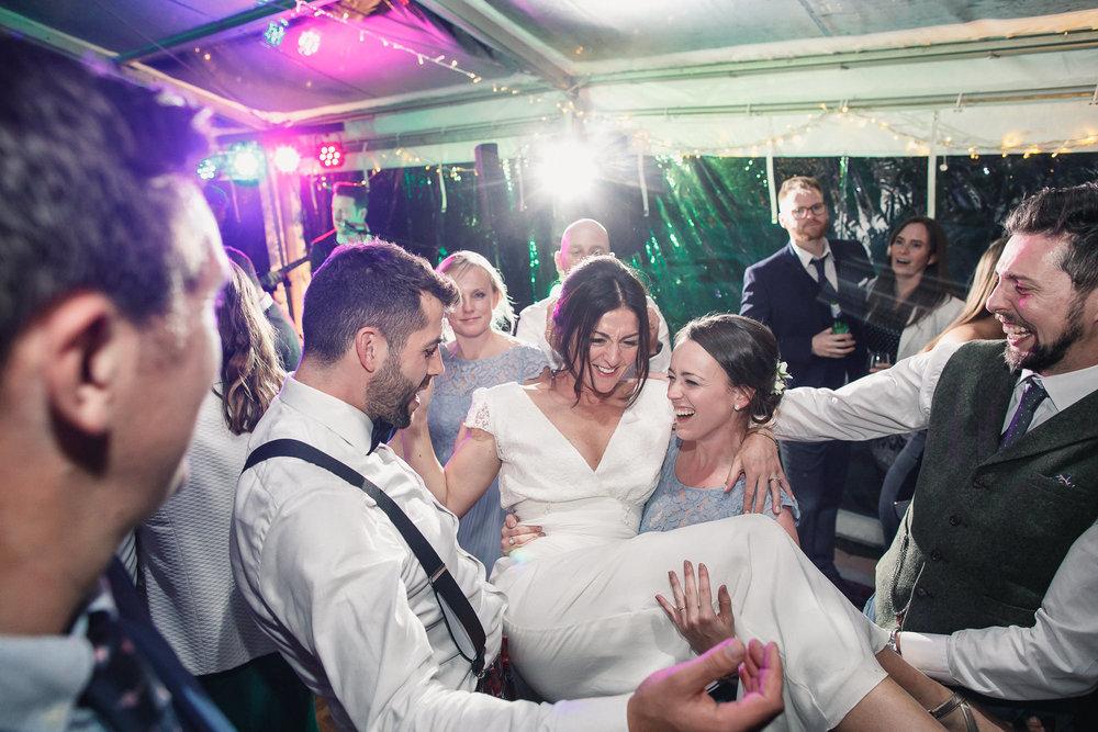 Hampshire wedding photographers 119.jpg