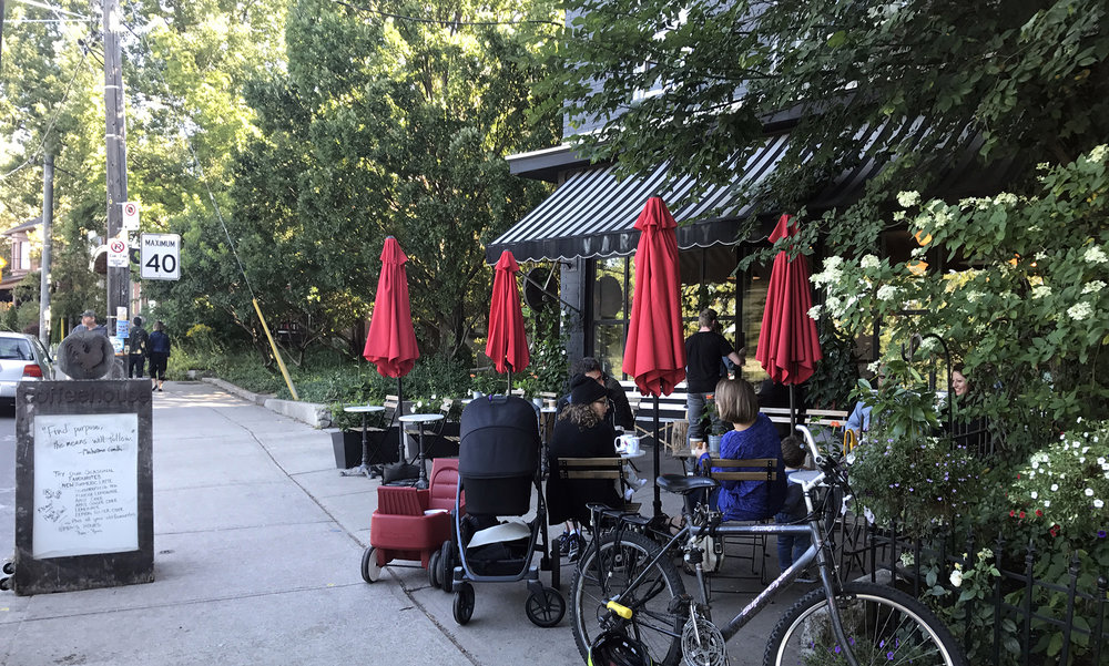 Rooster Coffee House - Patio Broadview