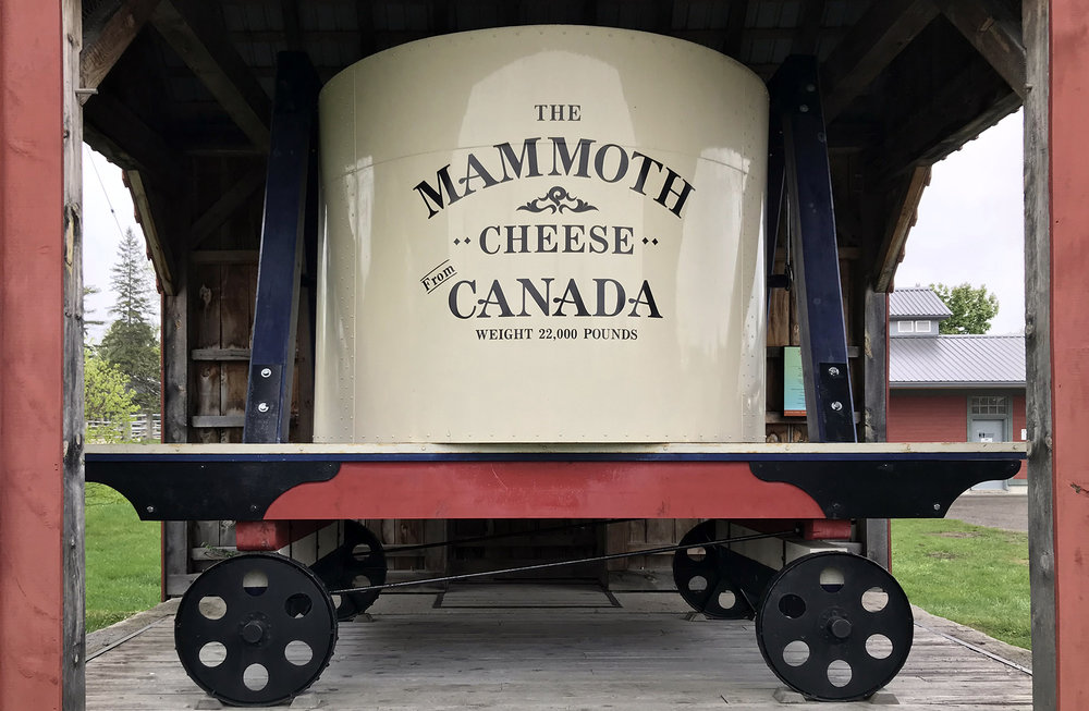 Perth Ontario - Cheese Mammoth - World Fair