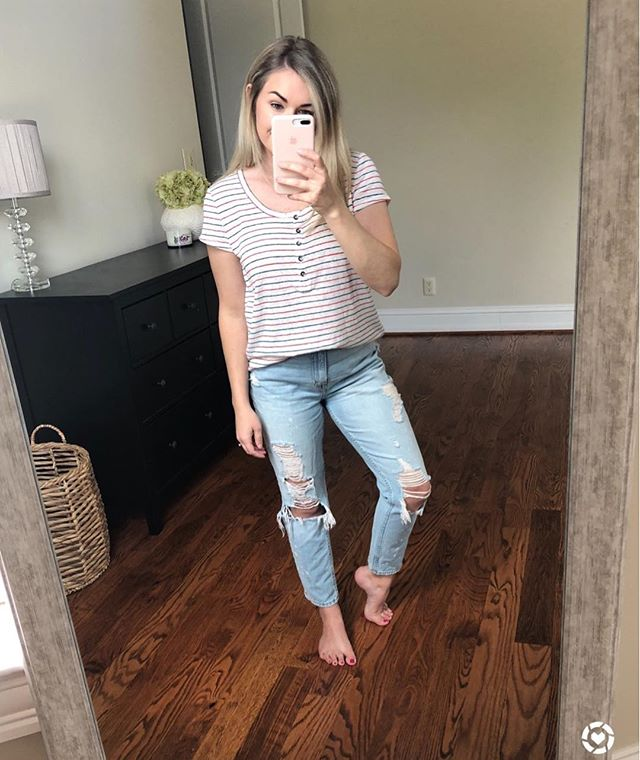 Casual Sunday 🙌 This cute tee is under $15 and my favorite jeans for Summer are on clearance for $30! I love them so much I actually just ordered another pair in a size down! They are so comfortable 😍 Shop by clicking link in my BIO or Shop my daily looks by following me on the LIKEtoKNOW.it app  http://liketk.it/2w5NM #liketkit @liketoknow.it #LTKunder50 #LTKstyletip #LTKsalealert #realoutfitgram #sundayfunday #casualchic #mystyle #styledbyme #everydaystyle #rvablogger #stylepost #styleblogger #stylebook #ootd #ootdinspo #targetstyle #abercrombie #lookoftheday #liveauthentic #outfitgoals #myootd #pursuepretty #flashesofdelight #affordablefashion #affordablelook #styledaily #styledbyme #casualwear #fashionistas