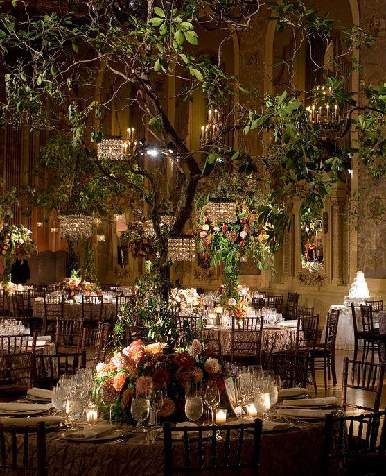 b26170a628964fd4514e0118d5c44c50--garden-wedding-centerpieces-tree-centerpieces.jpg