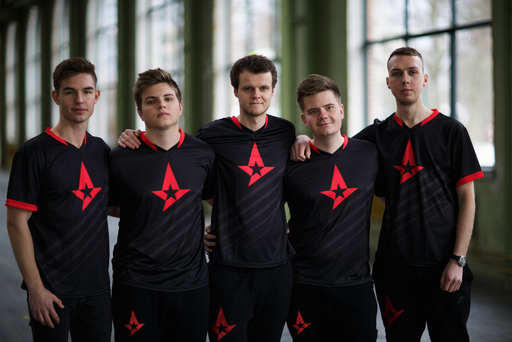 Astralis team picture 1 - download