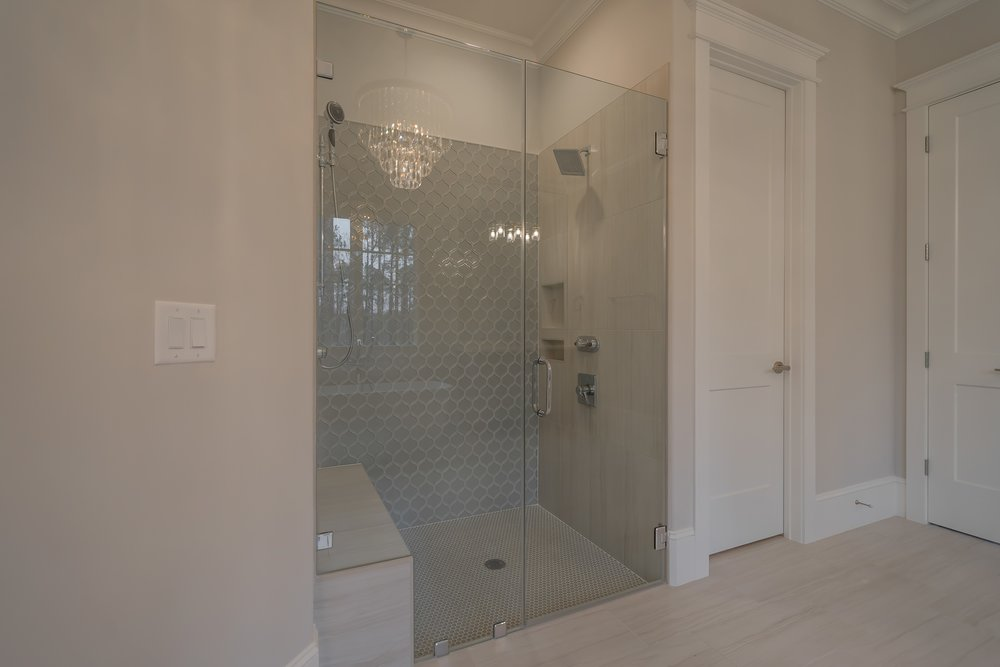 029_Master Bathroom.jpg