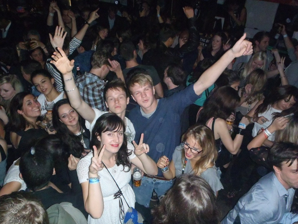 london-pub-crawl-69.jpg