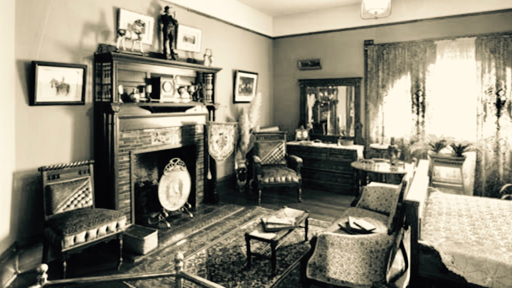 Robert Harvey's Room, Craigdarroch Castle, Victoria, British Columbia | www.thecastle.ca