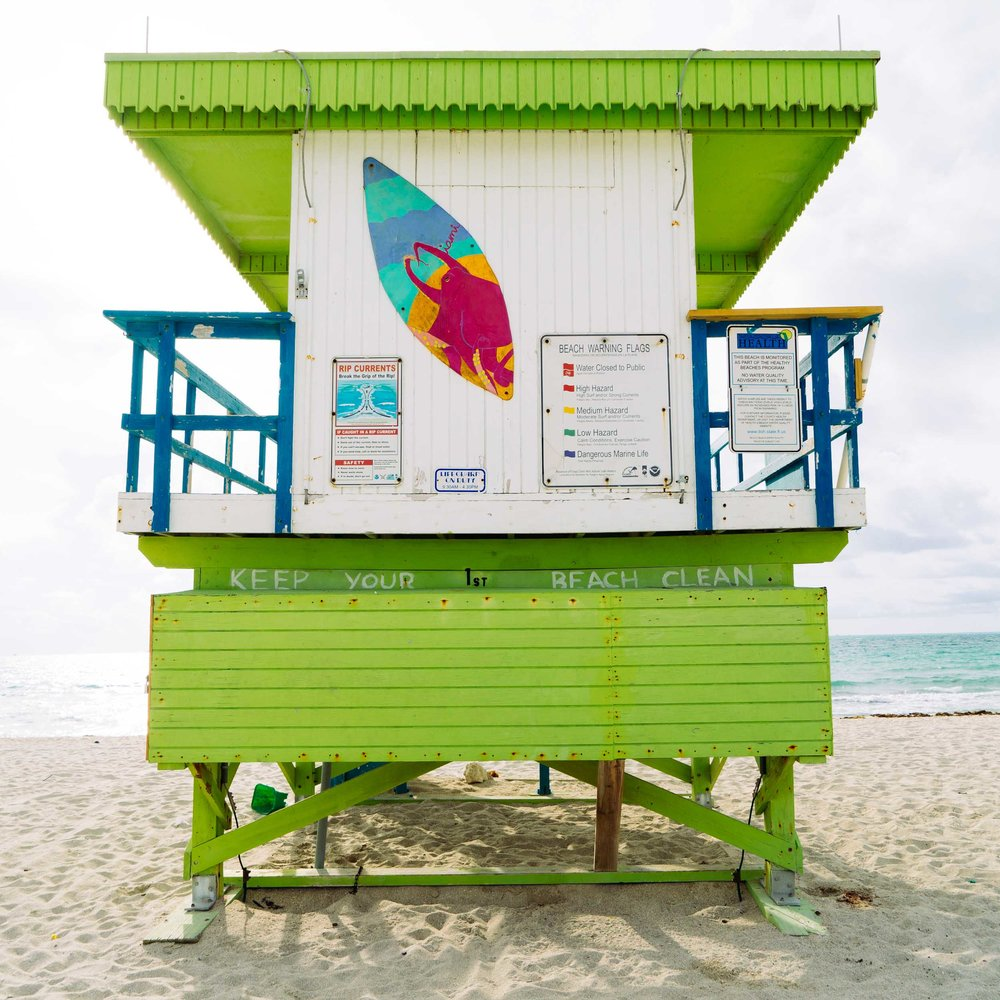 1st St. Miami Lifeguard Stand - Rear View