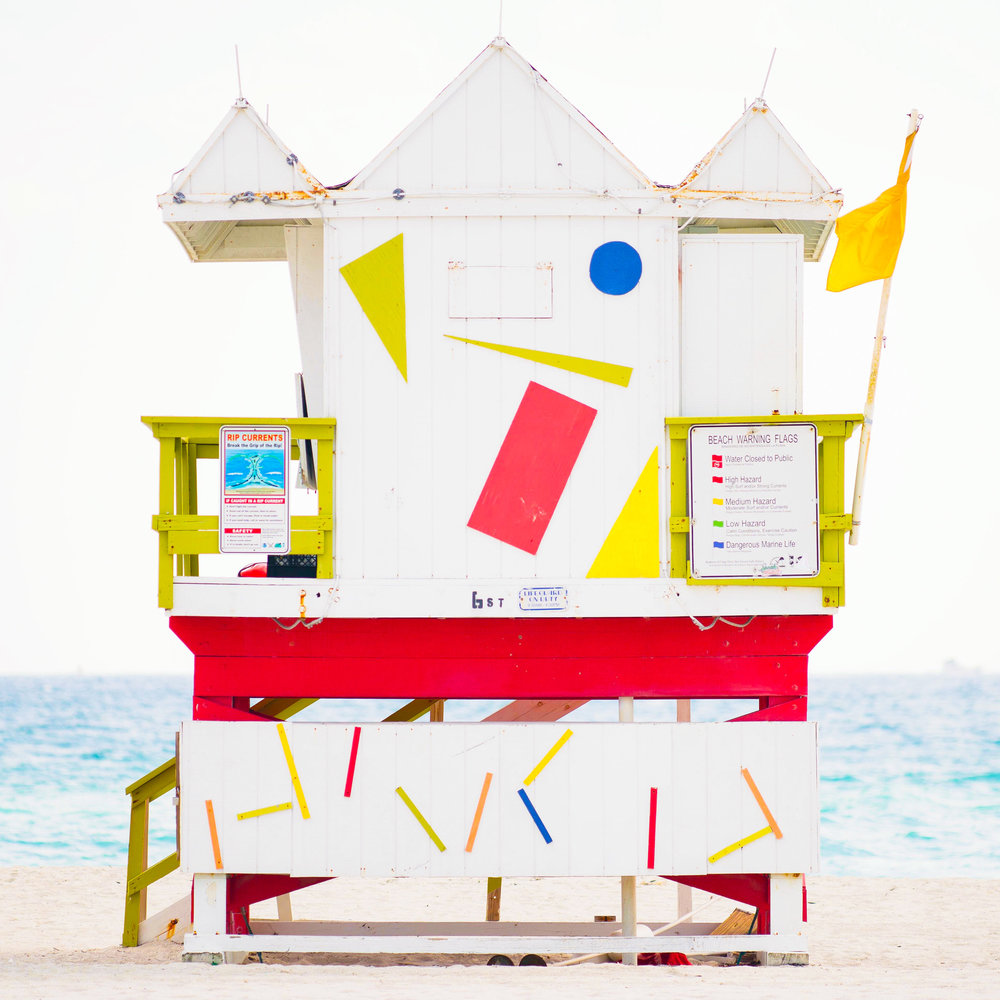 6th St. Miami Lifeguard Stand - Rear View