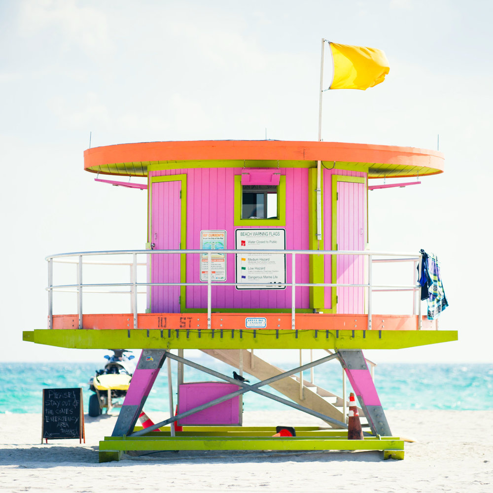 Bubble gum pink lifeguard stand at 10th Street