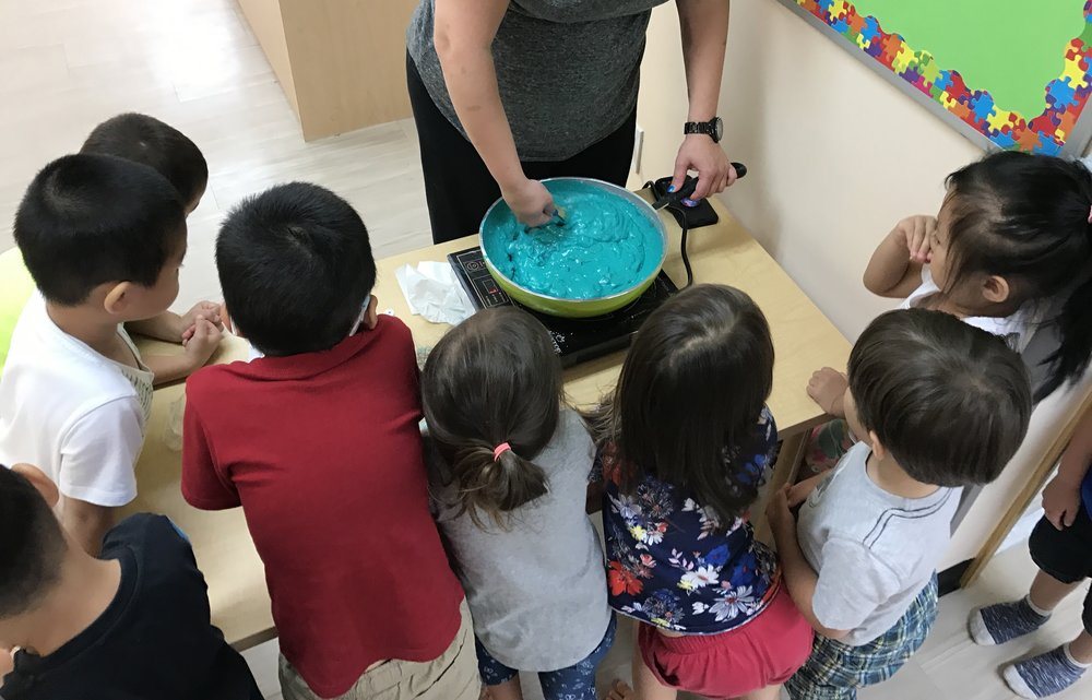 worldtots summer camp - science class.JPG