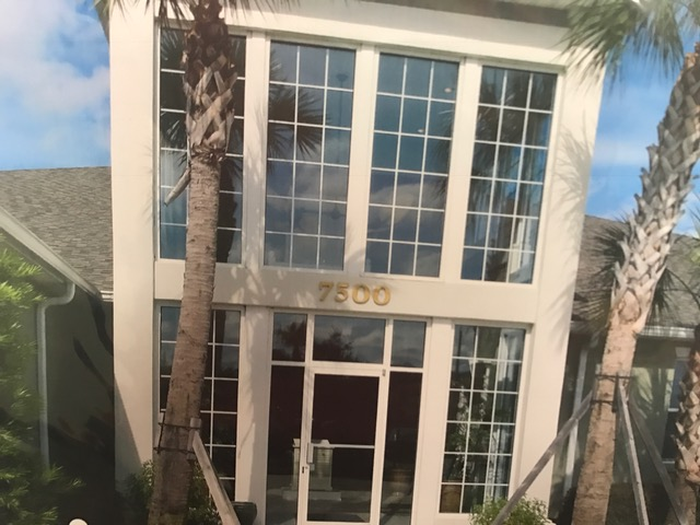 Merveilleux Central Florida Window And Door Uses Durable Hardware And A Variety Of  Glass Options. Envision The Endless Possibilities Of Creating An Entrance  System That ...