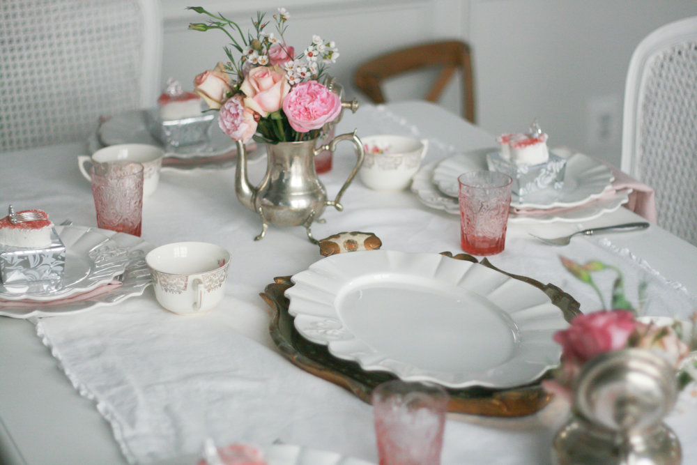 I used blush pink linen napkins and glasses for the party! I bought both when the stores were having 20%-off sales!