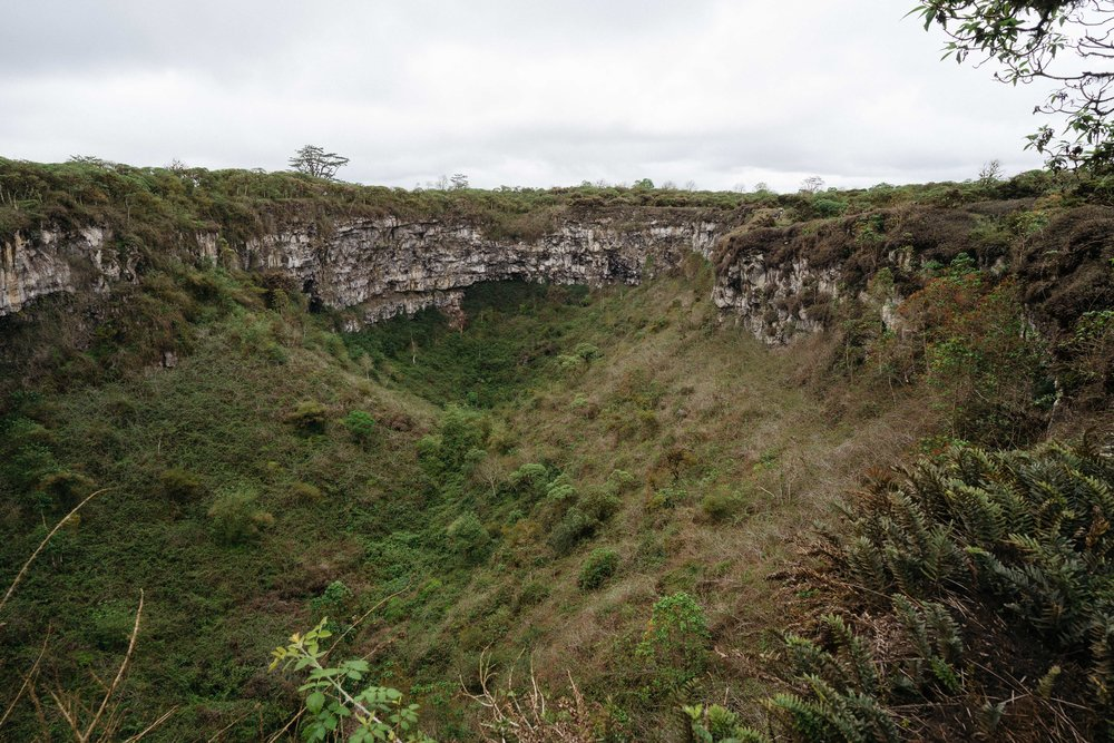 The sinkhole on the west side - Los Gemelos