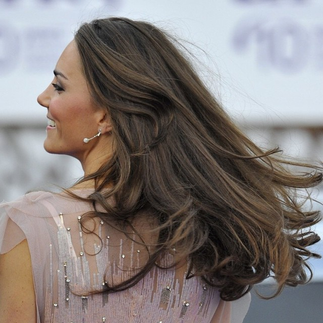 A strong woman needs strong hair, wouldn't you agree? #duchess #Kate #beauty #EmpowerWomen #hair #style #inspiration #love #fun #royalty