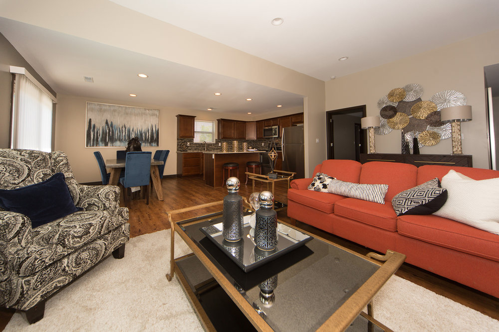 Real Estate - Well done photographs help sell homes more quickly, saving you time and money!!