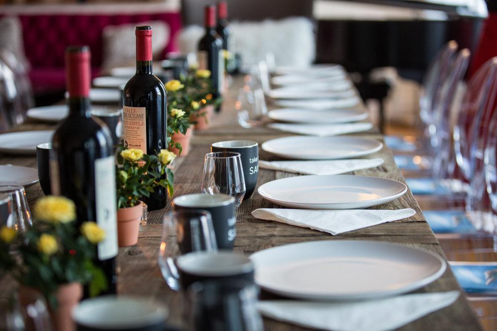 DINNER PARTIES  / friends, wine, food, conversation