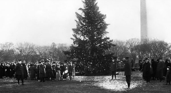 The first National Tree Lighting in 1923  photo credit: https://thenationaltree.org/visit-the-tree-2/event-history/