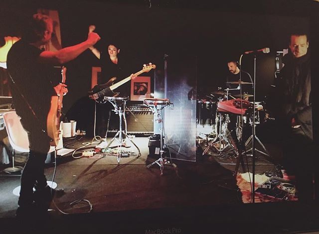 Un fin de semana de temporal, y de ensayos. Maravilloso @meyalean @mrsisolrait @missdandy_md @jorgepastranadrummer #rehearseal #temporal #festivalesespaña #rockalternativo #musicaindie #valenciamusic #ensayo #tedirétango