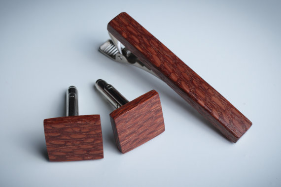 WoodenCufflinks-1.jpg