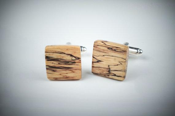 WoodenCufflinks-3.jpg