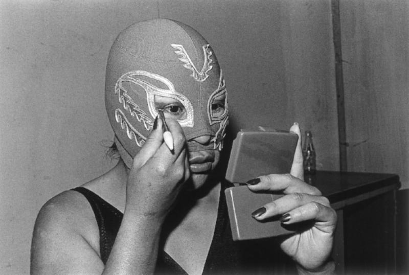 Lourdes Grobet (born Mexico, 1940). La Venus , 1981–82, from the series  La doble lucha (The double struggle), 1981–2005. Black-and-white photograph, 91/2 × 14 in. (24 × 35.5 cm). Collection of Lourdes Grobet. © Lourdes Grobet
