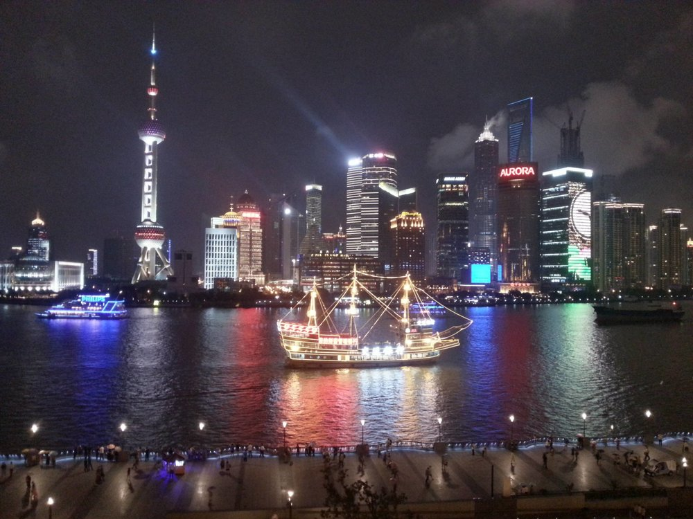 shanghai ship bund river