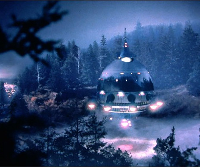 E.T. spaceship