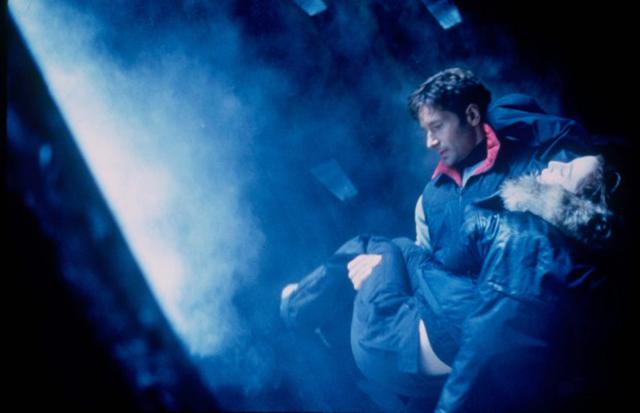 X-Files-Fight-the-Future
