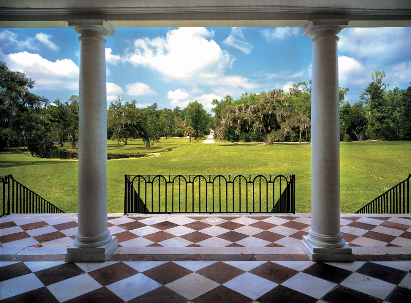 8  Drayton Hall - view of landscape 1stfloor portico - Photographer Ron Blunt (2) (800x591).jpg