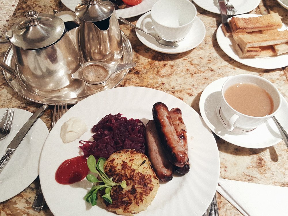Bettys cafe tea rooms 7.jpg