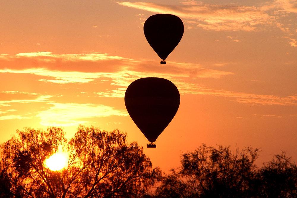 Outback-Ballooning-Sunrise-3.jpg