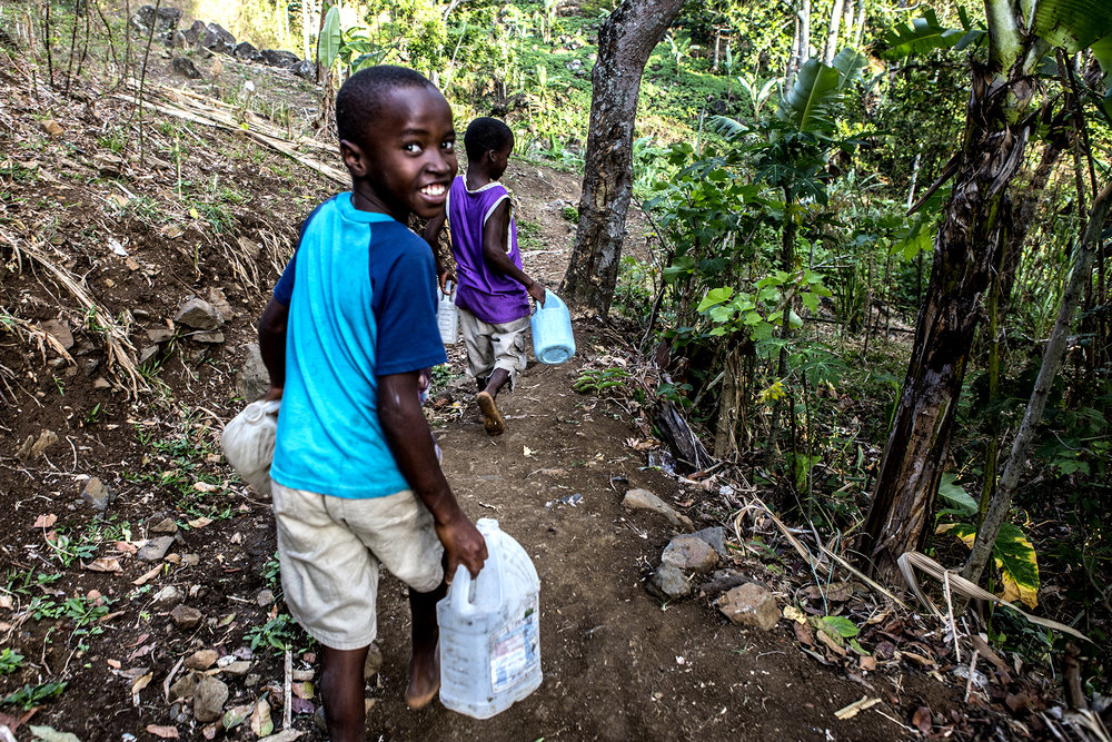 NEW 021614 Haiti Life in Demier 04jp.JPG