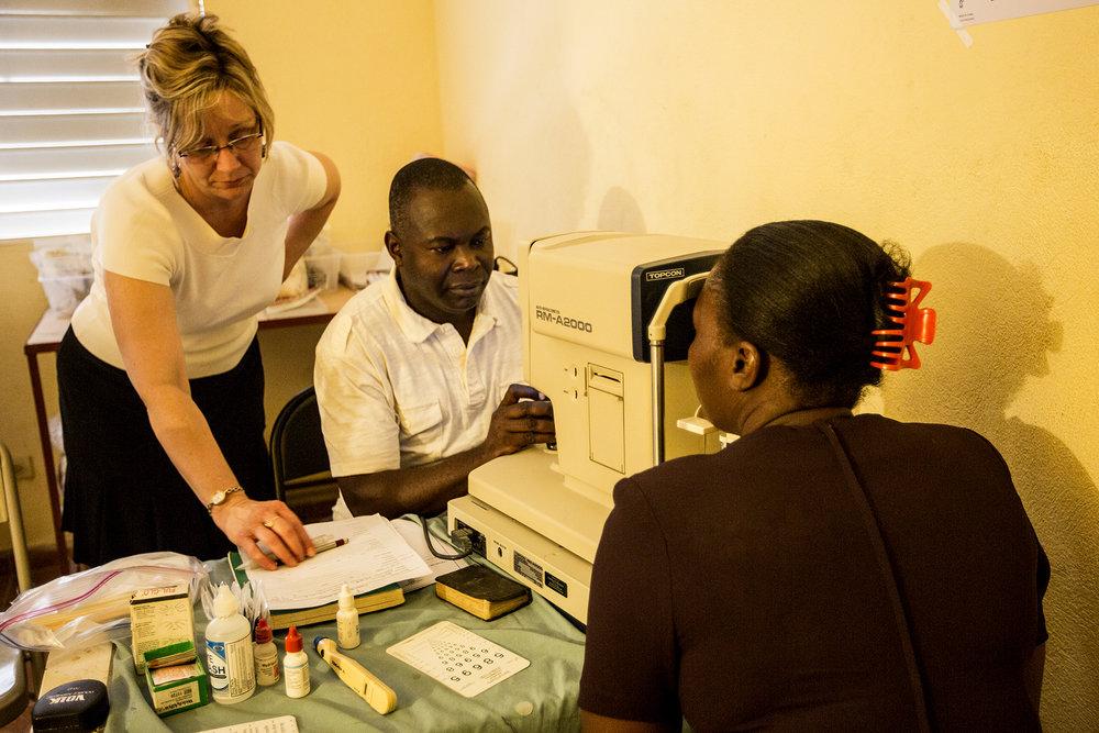NEW 021614 Haiti Clinic 11jp.JPG