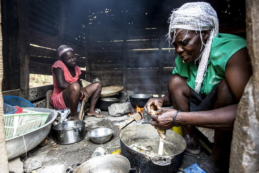 NEW 021614 Haiti Life in Demier 16jp.JPG
