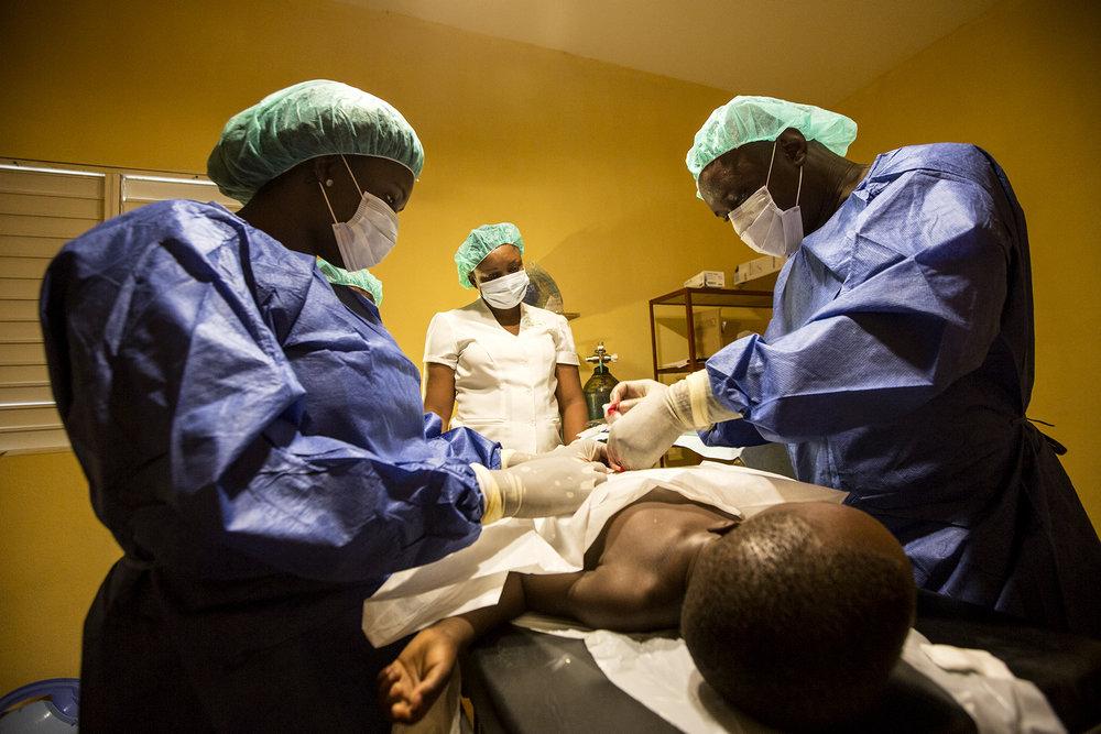 Healing_Art_Missions_Haiti_Medical Clinic_012.JPG