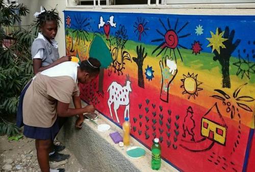 healing_art_missions_haiti_clinic_painting_002.jpg