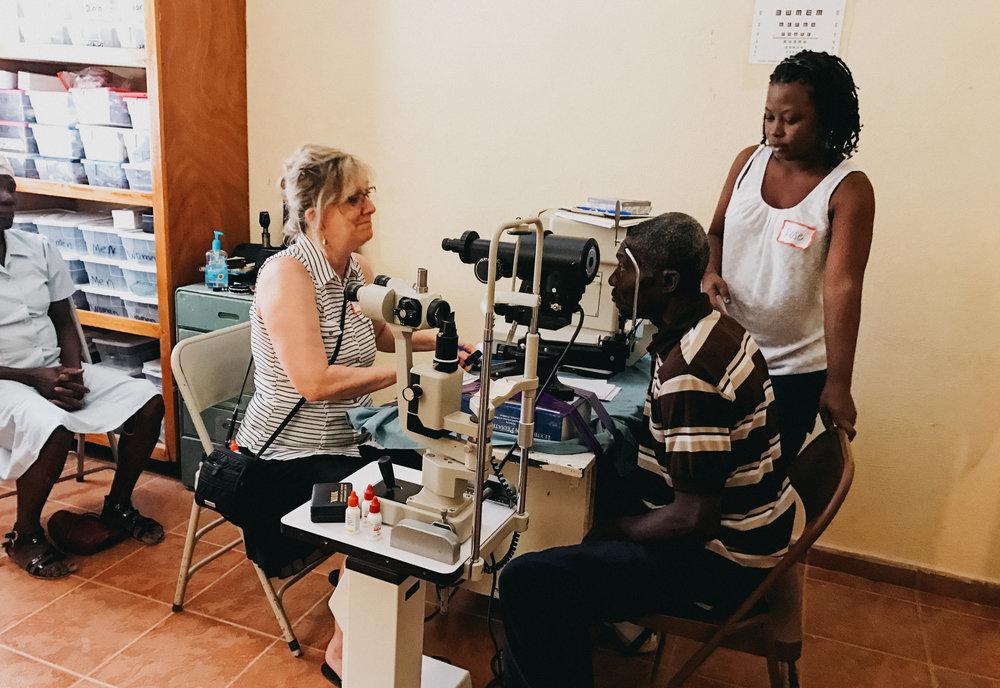 Haiti_Medical_Missions_Healing_Art_Missions004.JPG